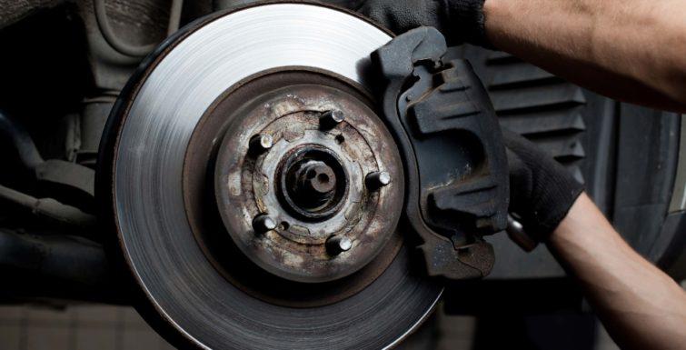 ¿Cuándo cambiar los discos de Freno de tu carro?